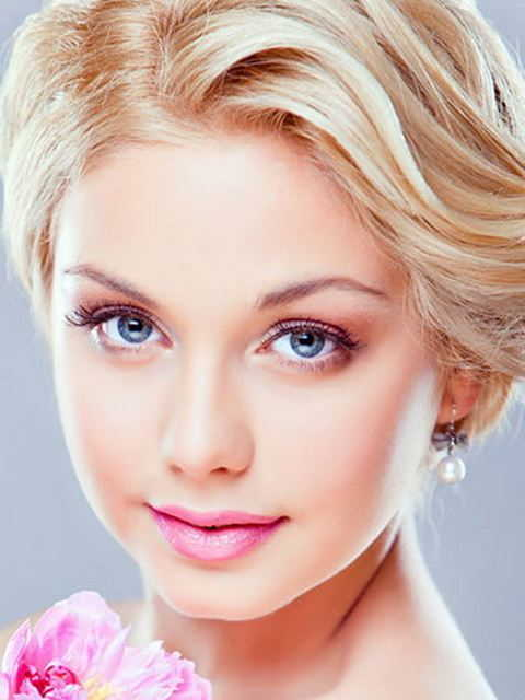 Women Hairstyles For Round Faces